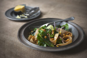 kabuli chickpeas, spinach & onion pasta-Simon Bryant - credit Jacqui Way Photography & dirt(y) inc